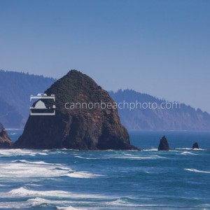 Haystack Rock Zoom – Summer Day