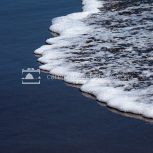 Foamy Reflective Wave